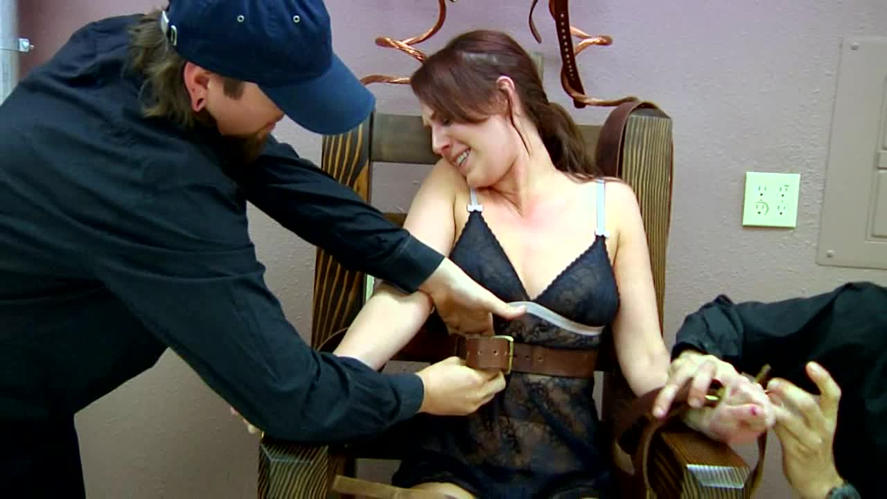Know Girl having sex with a electric chair strange